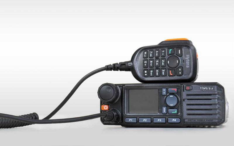 Vozidlová vysílačka Hytera MD785