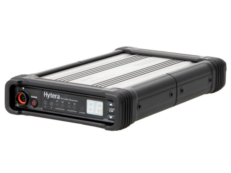 Přenosný digitální DMR převaděč Hytera RD965