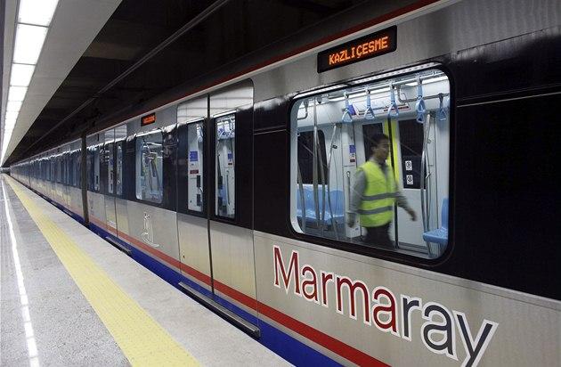 marmaray_tunel_vlak1