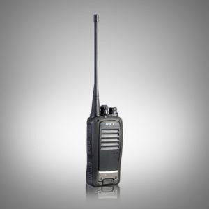 Profesionální vysílačka Hyt TC620