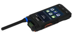 Chytrá radiostanice Hytera PDC760 umožňuje provoz v sítích LTE, DMR nebo TETRA