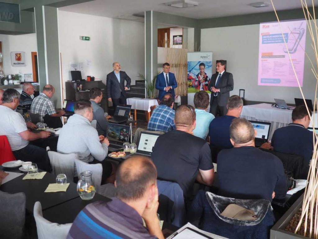 Seminář v hotelu Rakovec představil moderní technologie Hytera