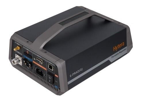Brána Hytera E-PRAD zajistí propojení  Ad Hoc radiové sítě do běžné infrastruktury radiokomunikačního systému uživatele