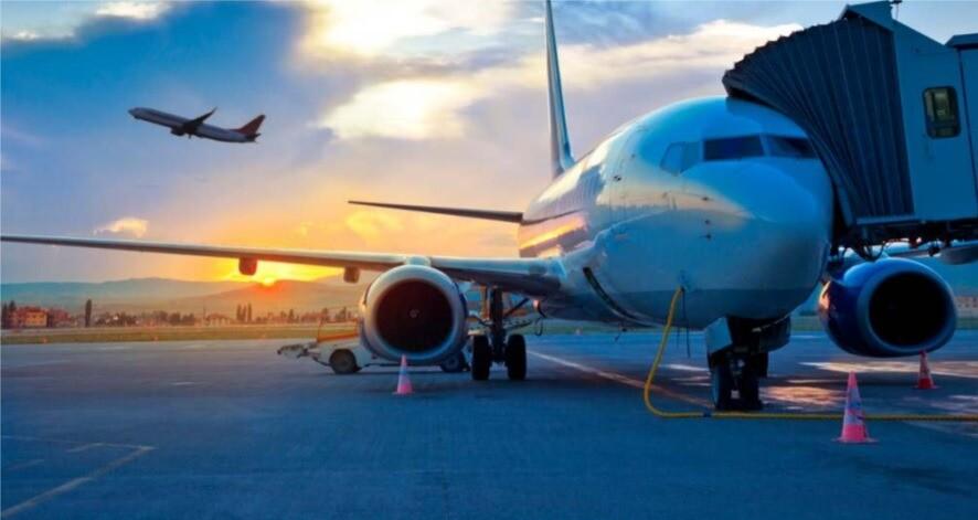 Vysílačka Hytera umožňuje kvalitní komunikaci i v hlučném prostředí letiště
