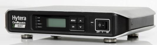 Jedno Hytera MPUC pro připojení základnových radiostanic přes IP síť